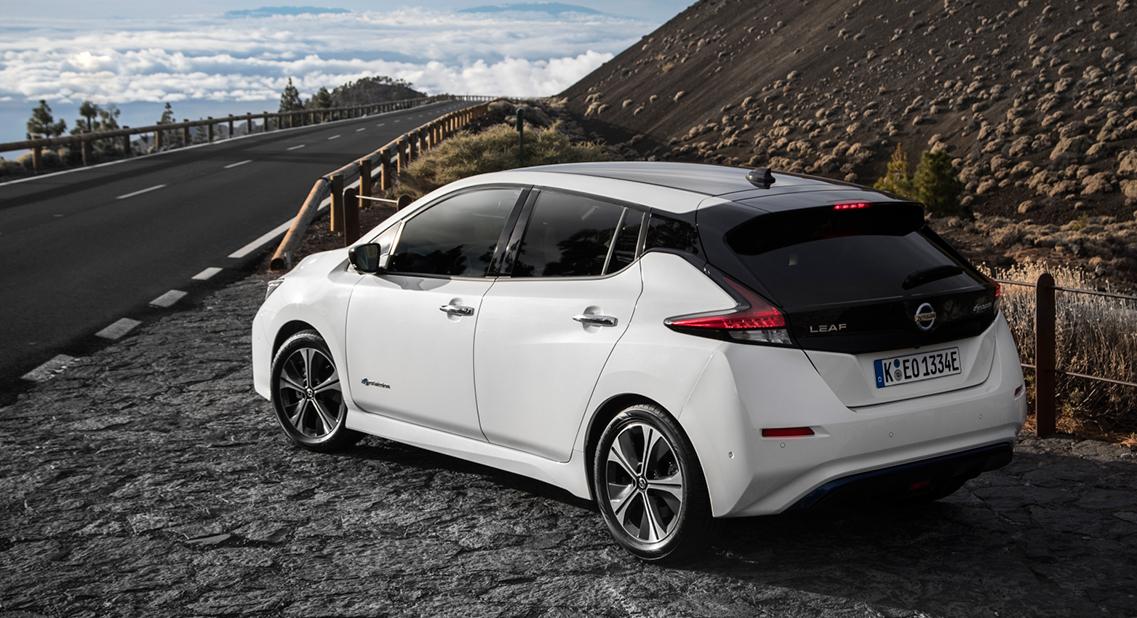 Nissan Leaf Tekna En Nissan Leaf N Connecta De Volledig Elektrische