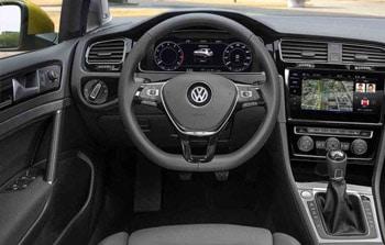 Volkswagen Golf 8 dashbord