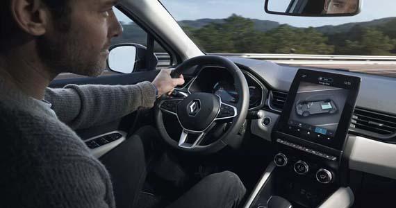 Renault CAPTUR Intese Plug in Hybrid dashboard